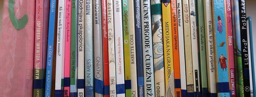Osnovna šola Stranje – Knjižnica
